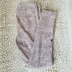 Lululemon Speckle Dot Leggings Size 2 B18